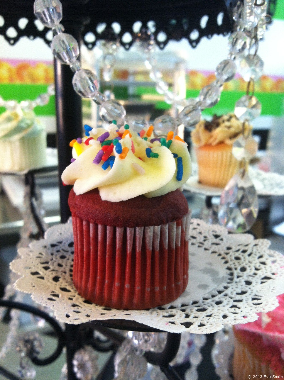 The Best Cupcakes Ever & Mini Red Velvet Cupcake Recipe